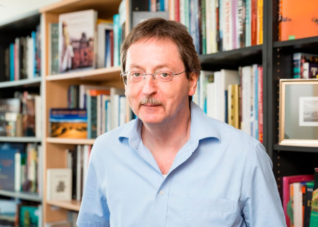 Prof. Dr. Armin Reller